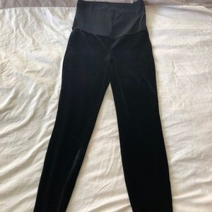 Gap Maternity Full Panel Velvet Leggings